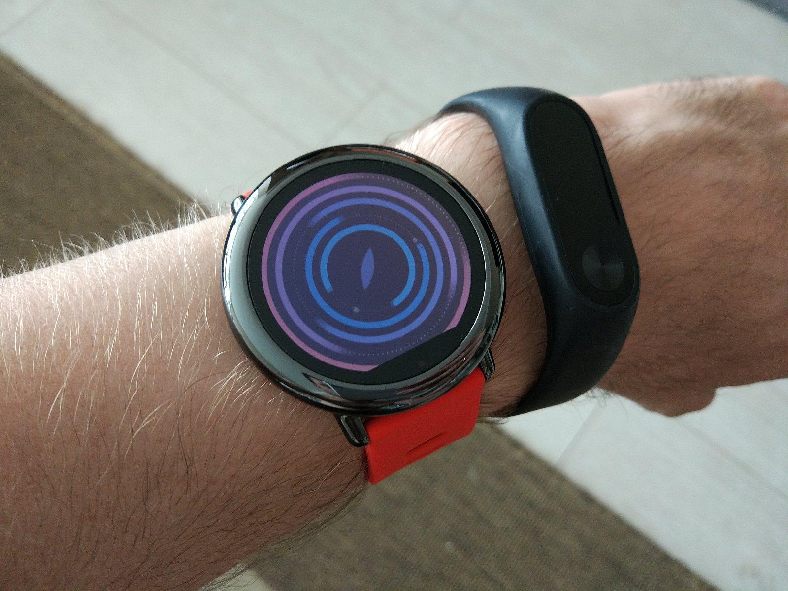Amazfit Smartwatch и MiBand 2